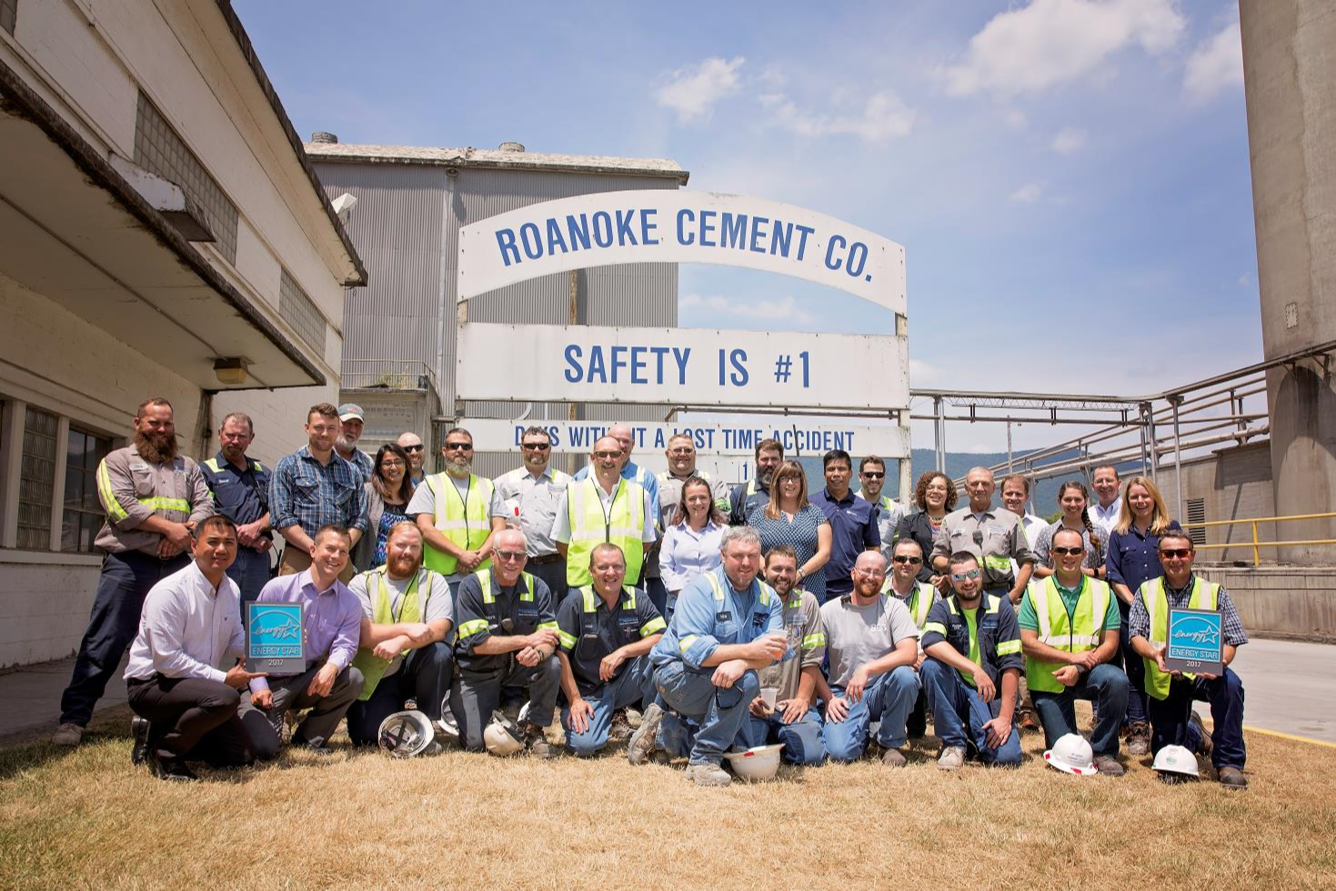 Roanoke Cement 2017 Certification