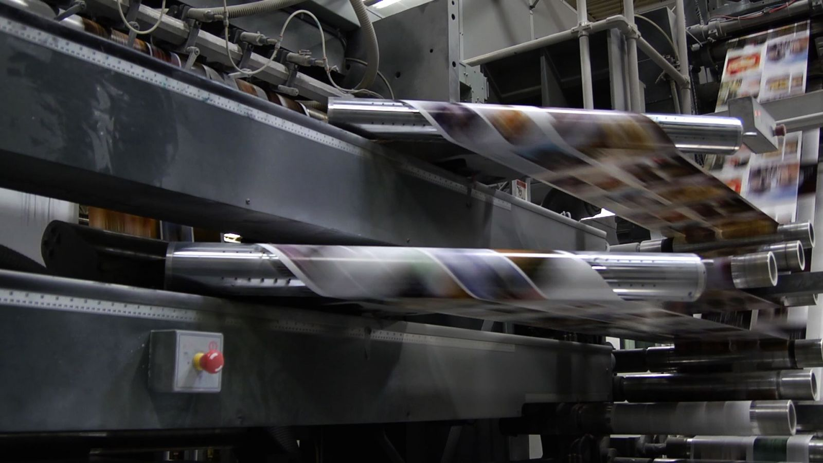 Image of high speed web offset printing